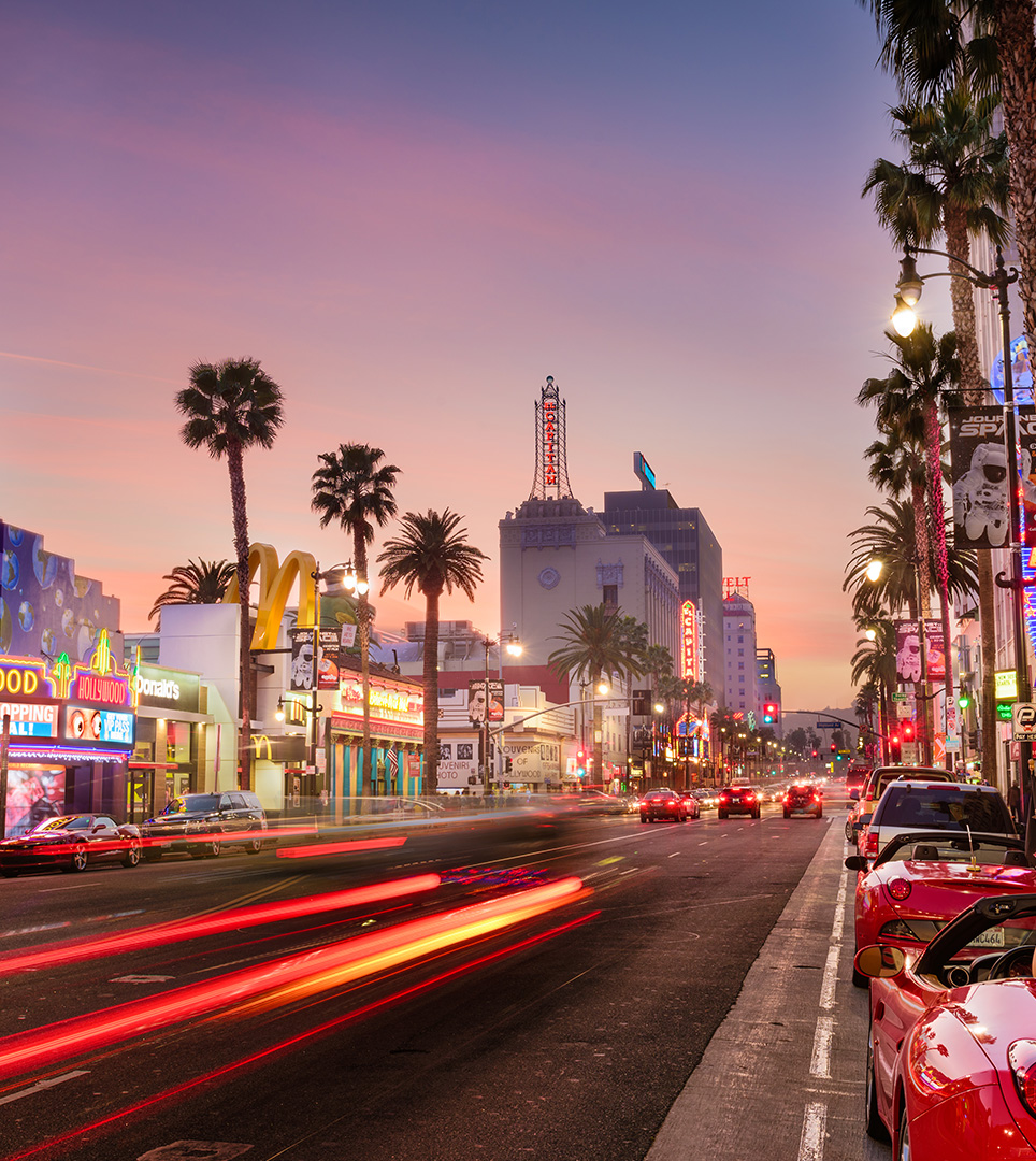 MAJOR ATTRACTIONS OF LOS ANGELES ARE WITHIN MINUTES OF THE LEXMAR DODGER STADIUM/HOLLYWOOD